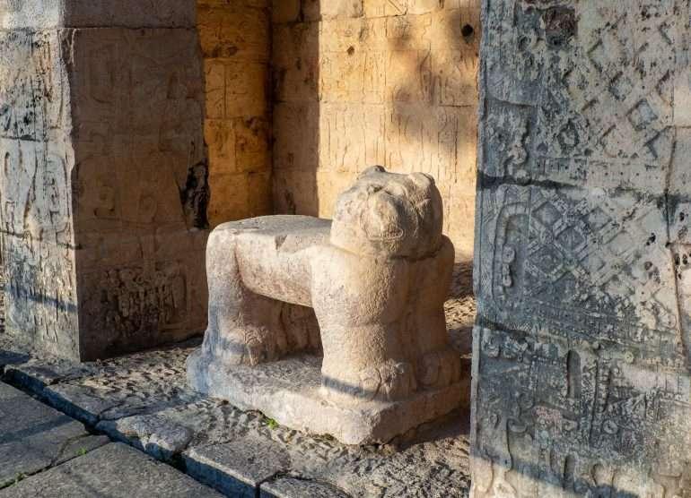 Chichen Itza reliefejä