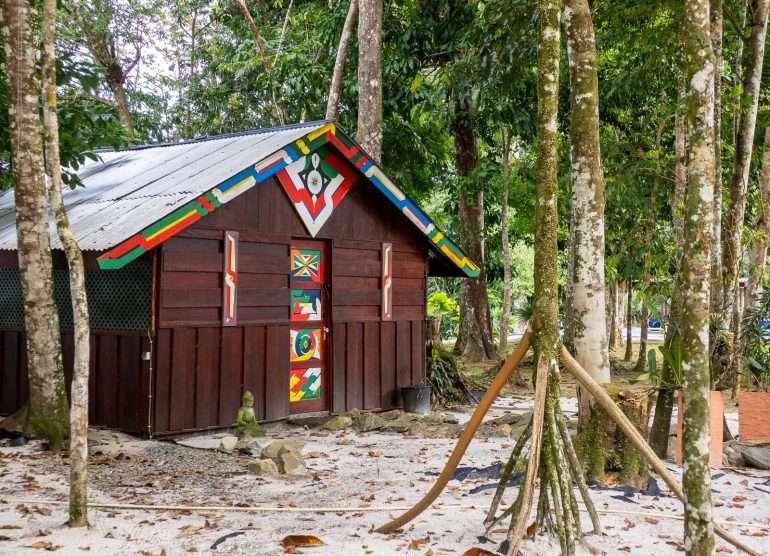 Bergendal Suriname