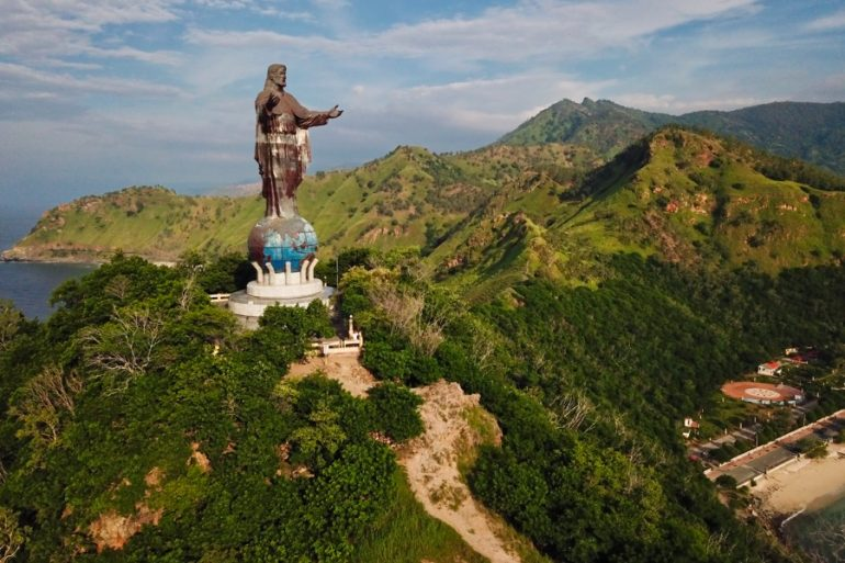 Cristo Rei Itä-Timorissa Kaukomatkaunelmia