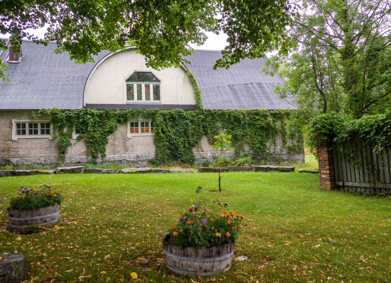 Luostarikirkko