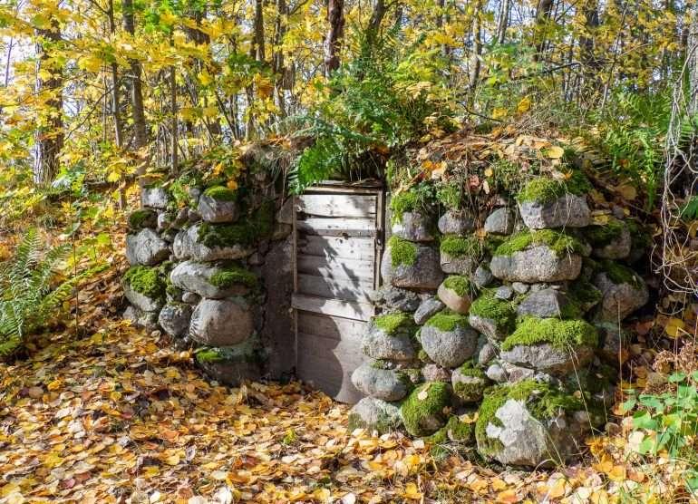 Halosenniemi Tuusulanjärvi puutarha