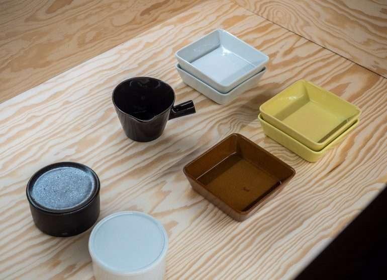 Teema-astioita