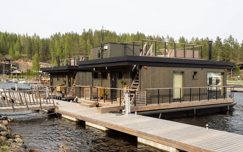 Järvisydän houseboatit
