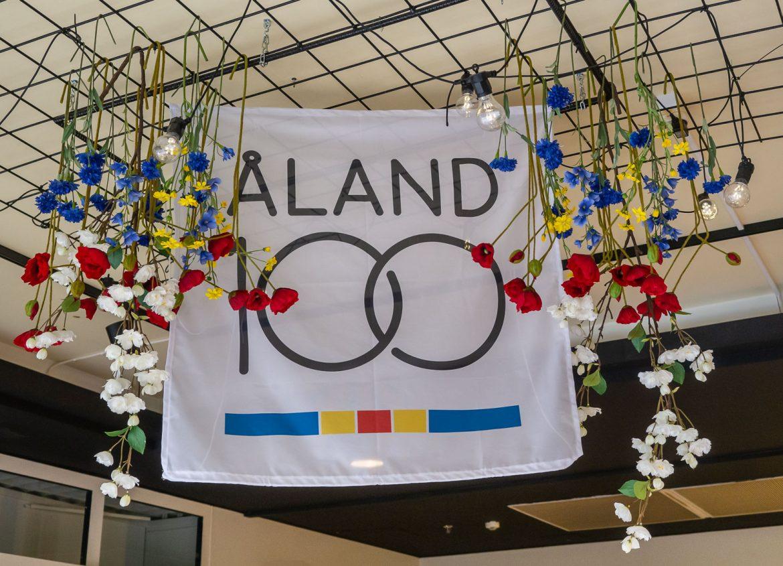 Ahvenanmaa 100 vuotta