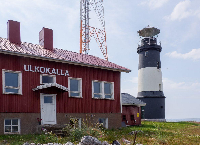 Ulkokallan majakka Rovaniemeltä Merenkurkkuun