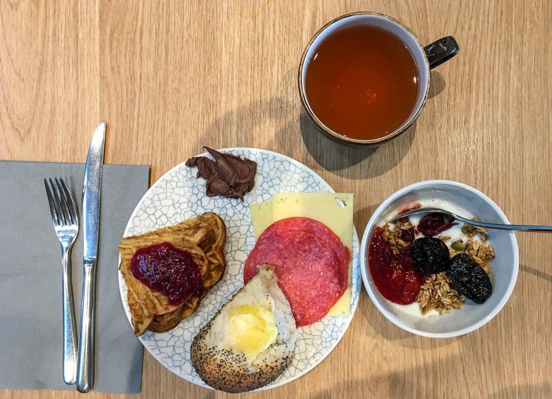 Radisson Blu Gardermoen aamiainen
